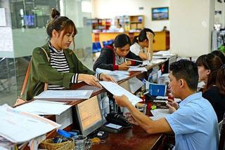 Doanh nghiệp cho người lao động nghỉ việc trái luật phải bồi thường