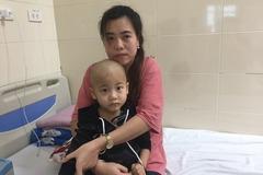 Mẹ nhọc nhằn kiếm 300 ngàn đồng/tháng, con ung thư canh cánh nỗi lo