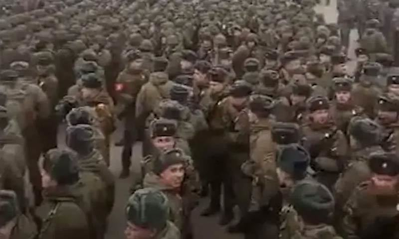 Nga cách li hàng nghìn binh sĩ tập diễu binh mừng Ngày Chiến thắng