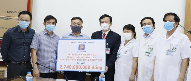 Petrolimex ủng hộ hơn 14,1 tỷ đồng chống dịch Covid-19