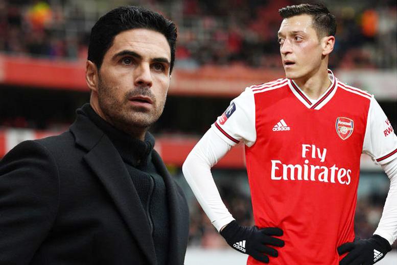 Ozil là một trong 3 cầu thủ Arsenal từ chối giảm lương