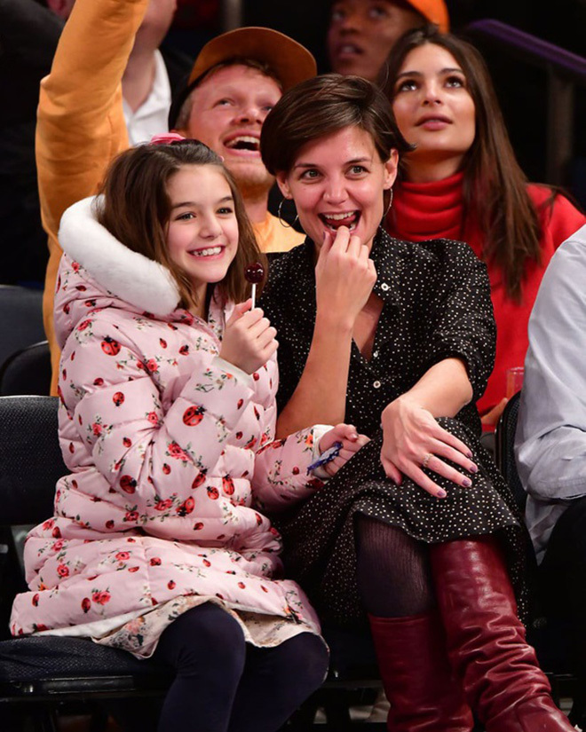 14 tuổi, con gái Suri của tài tử Tom Cruise xinh và đáng yêu