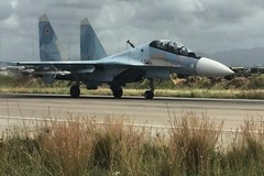 Tiêm kích Nga ngăn chặn máy bay Mỹ trên Địa Trung Hải