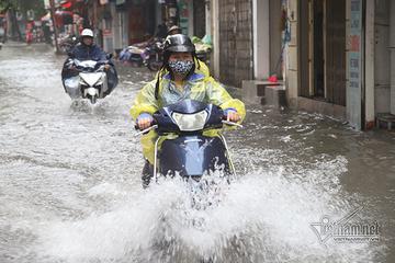 Dự báo thời tiết hôm nay: Hà Nội mưa to, phòng ngập lụt
