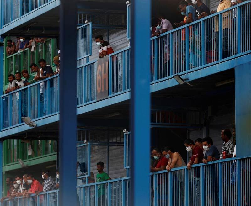 Những mảnh đời éo le ở ổ dịch lớn nhất Singapore