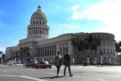 Vietnam, Cuba to cooperate in researching anti-coronavirus drugs and vaccine