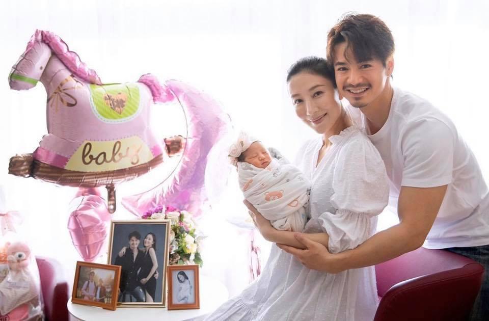 Hoa đán Dương Di cùng chồng trẻ hạnh phúc chào đón con đầu lòng