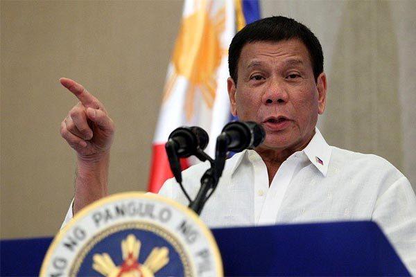Tổng thống Philippines treo thưởng 'khủng' cho ai chế được vắc-xin phòng Covid-19