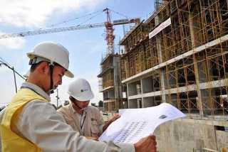 Cách ghi địa điểm làm việc trong HĐLĐ đối với nhân viên ngành xây dựng