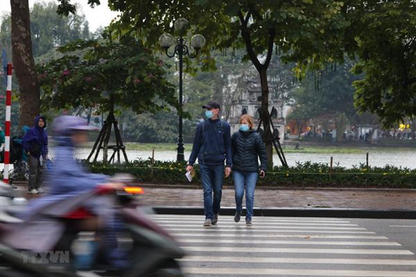 Dự báo thời tiết 23/4, Hà Nội mưa giông, trời chuyển rét