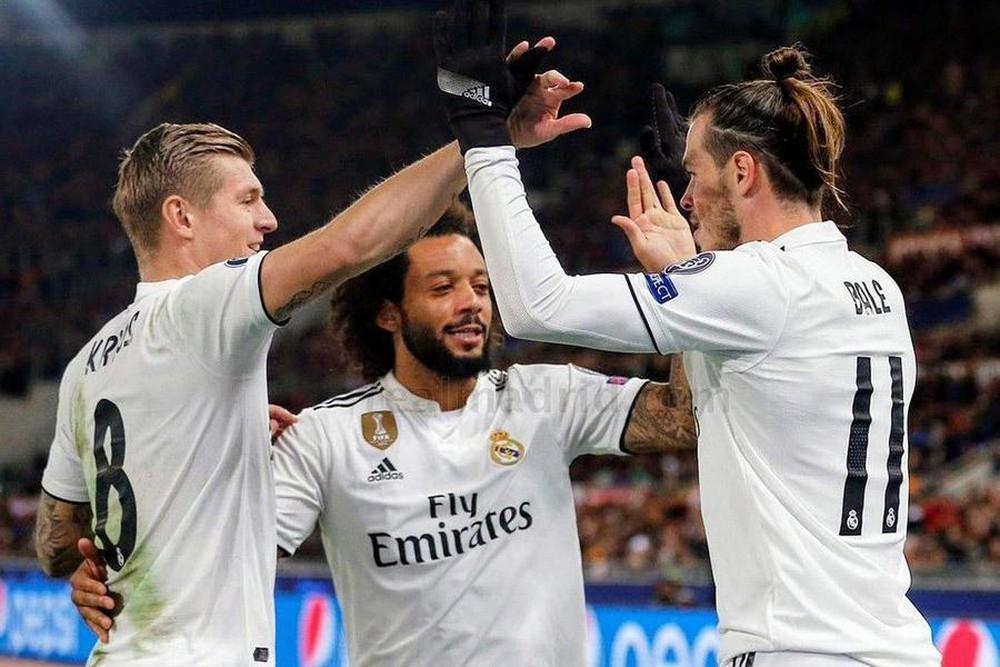 MU tỉnh táo bán Pogba, Real Madrid tiễn 11 cầu thủ