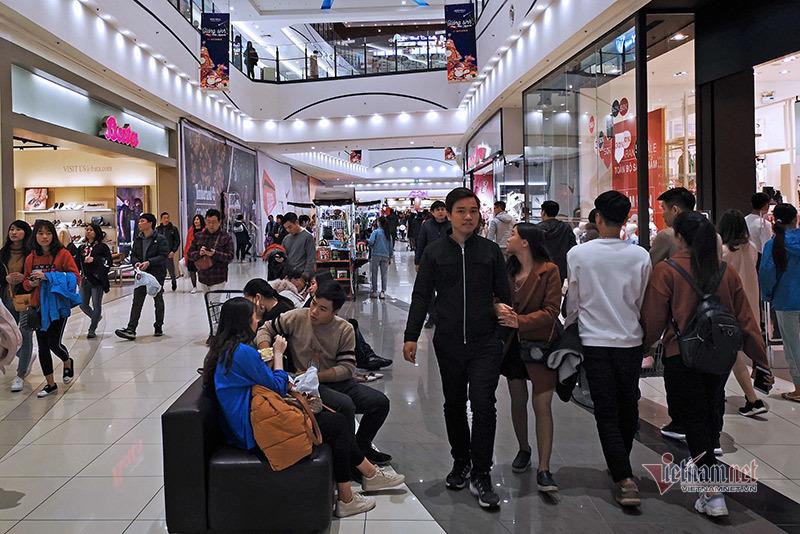 Từ hôm nay hàng ăn, trung tâm thương mại Hà Nội mở cửa trở lại