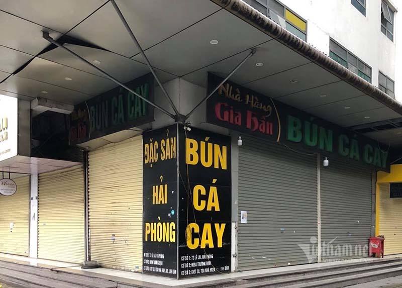 Quán bún, hàng phở im lìm: Hụt hàng, thiếu người chưa vội mở bán