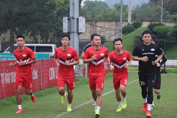 Các đội V-League tập luyện trở lại: Hào hứng nhưng không chủ quan!