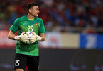 VN's top goalkeeper may miss chance to defend AFF Cup title