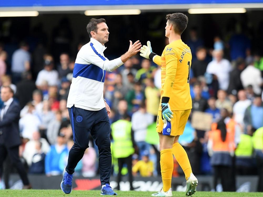 Bán chẳng ai mua, Chelsea khó xử 'ông kễnh' Kepa