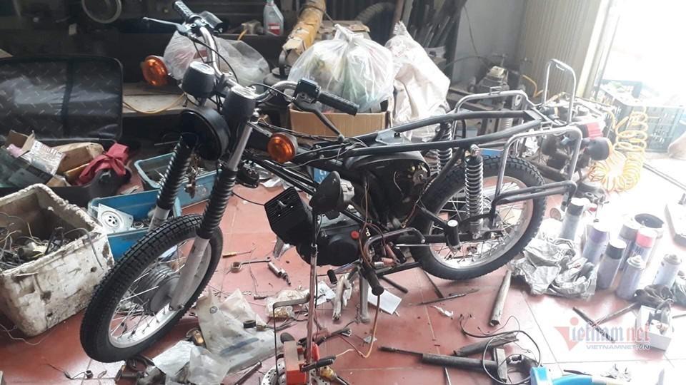 Xe máy Simson đời 1985 giá 12 triệu 'hồi sinh' đẹp long lanh