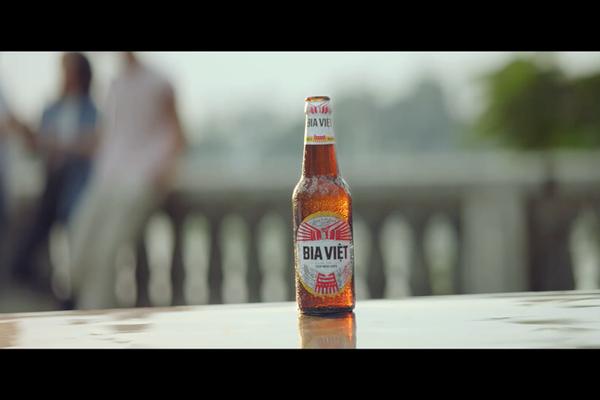 Bia Việt tự hào 'bùng cháy' cùng tinh thần Việt Nam