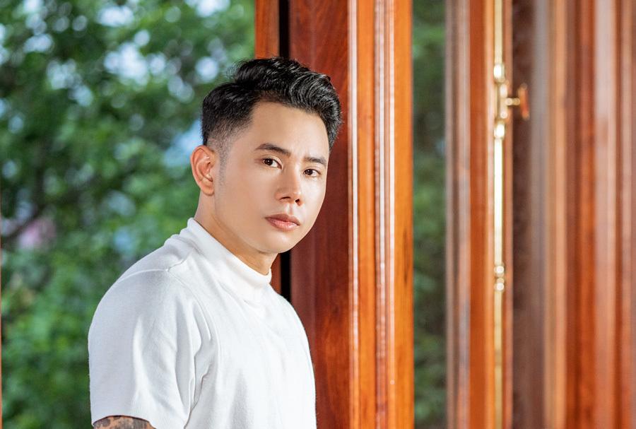 Ca sĩ top 1 youtube Lê Bảo Bình: 'Đam mê khiến tôi may mắn có mọi thứ'