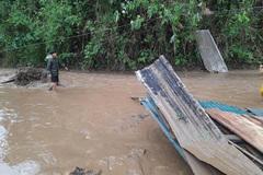 5 người chết, hơn 10.000 nhà tốc mái do mưa đá, lũ quét