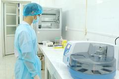 Bộ Y tế yêu cầu tất cả các tỉnh báo cáo vụ mua máy xét nghiệm Covid-19