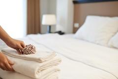 Lý do khăn mặt và ga trải giường ở khách sạn luôn có màu trắng