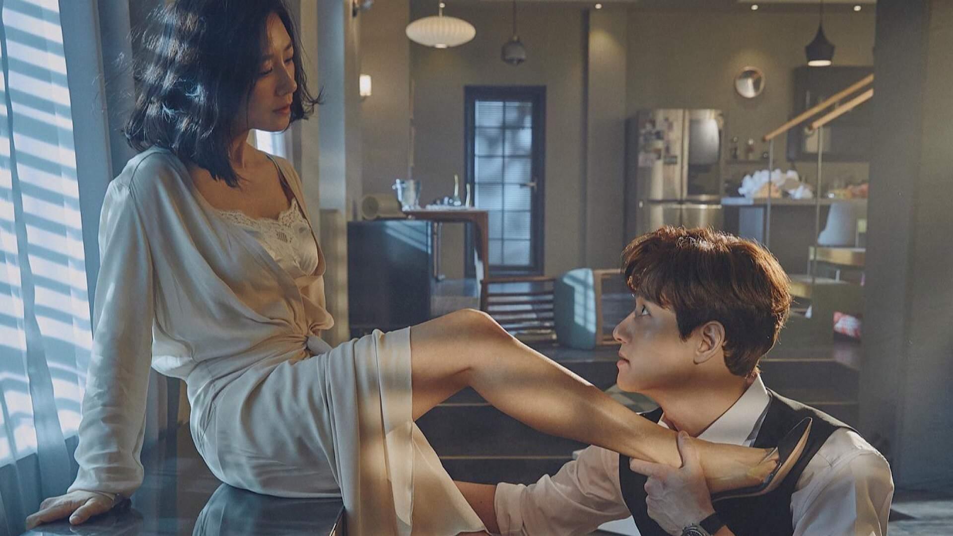 Fan ngỏ ý cầu hôn, V (BTS) từ chối 'không được đâu'
