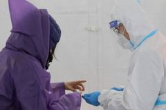 Coronavirus: Immunity passports 'could increase virus spread'