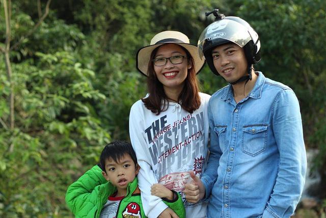 Sống tối giản 9 không, cô giáo Hà Nội bỏ lương cao về quê ủ phân trồng rau