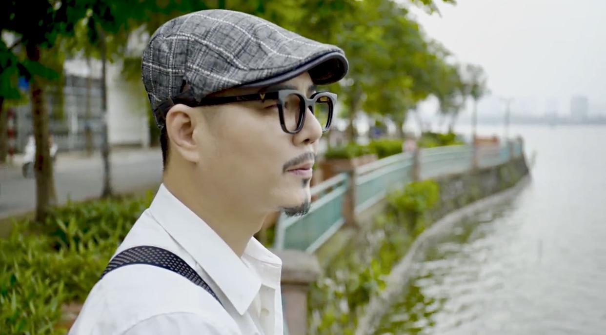 Diễn viên 'Người phán xử' làm MV về Hà Nội những ngày cách ly
