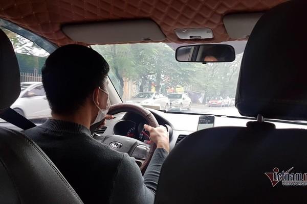 Ế khách mùa dịch, tài xế taxi mong ngân hàng giảm lãi