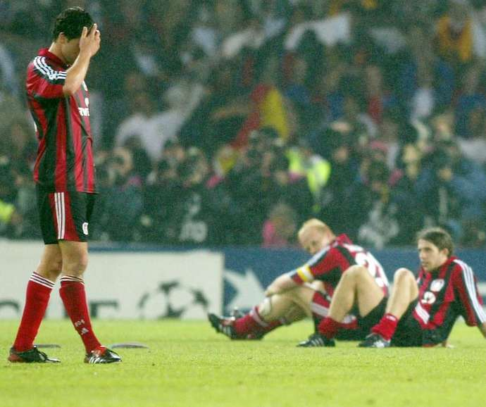 Từ Ballack đến Higuain: 10 kẻ thua cuộc vĩ đại nhất lịch sử