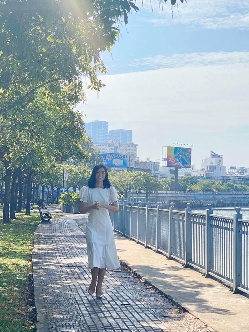 Phillip Nguyễn đăng hình Linh Rin sau trục trặc tình cảm