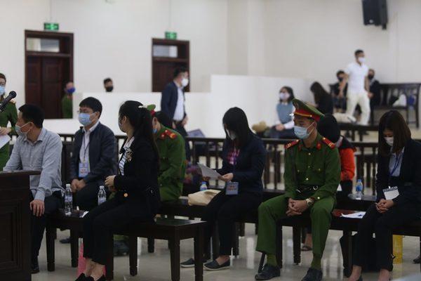 Hà Văn Thắm bị đưa ra xét xử cùng 'bóng hồng' Oceanbank