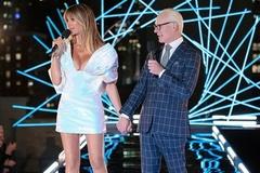 Siêu mẫu Heidi Klum diện đầm Công Trí ở chung kết Making The Cut