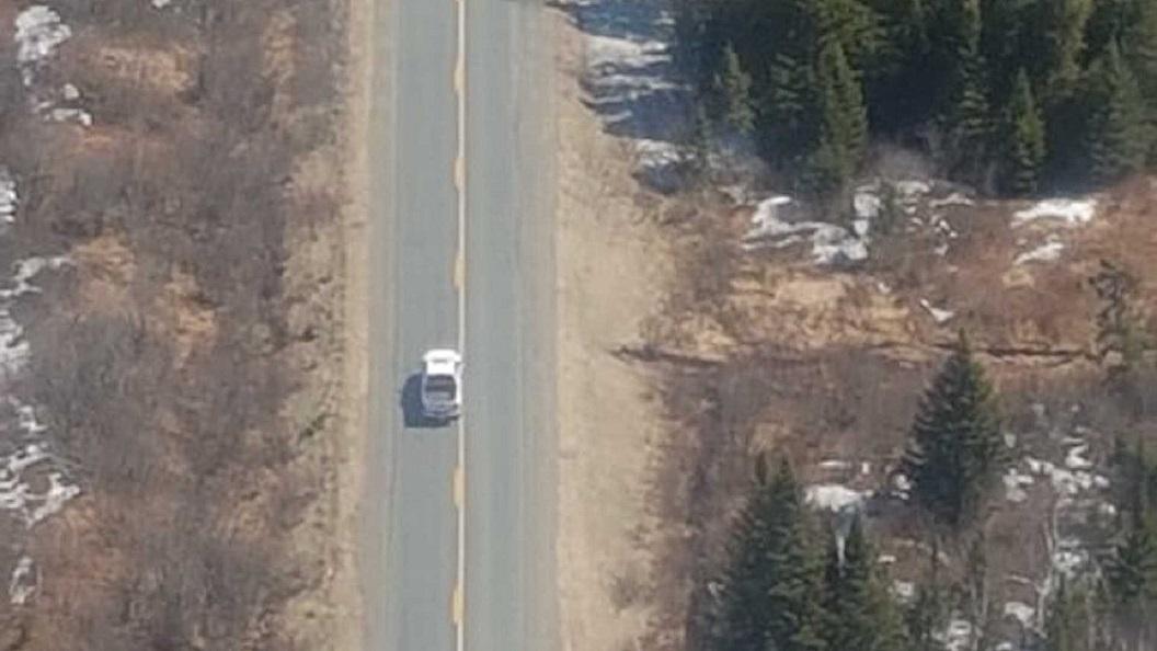 Trộm xe của đại gia có trực thăng riêng, tên trộm bị bắt trong chớp mắt