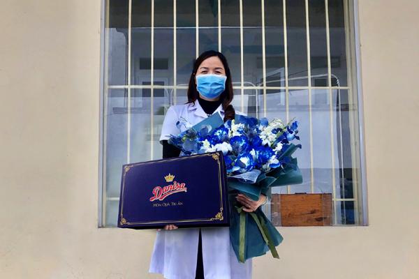 Xúc động thư nữ sinh trường Y gửi mẹ bác sĩ đang phục vụ khu cách ly