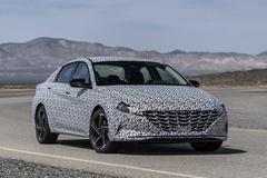 Hyundai Elantra N Line 2021 lộ thiết kế thể thao, động cơ tăng áp