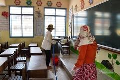 Tách lớp đi học trở lại, nhiều trường thiếu giáo viên