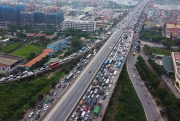 Ngày đầu nghỉ lễ, 14 người chết vì tai nạn giao thông