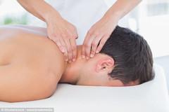 Cấm người Việt ra nước ngoài làm nghề massage