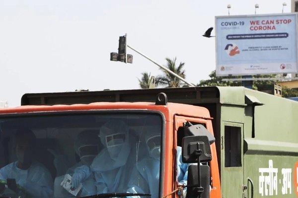 Mối nguy hiếm đáng sợ ở Ấn Độ từ rác thải mùa dịch Covid-19