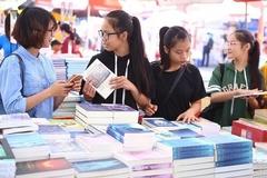 Nhà thơ Nguyễn Quang Thiều: 'Phải tới hội sách như tới tham dự một lễ hội'