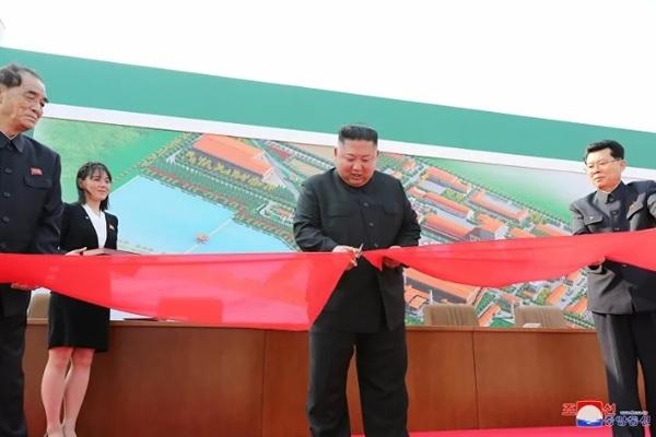 Ông Trump tuyên bố có thể trò chuyện với Kim Jong Un cuối tuần này