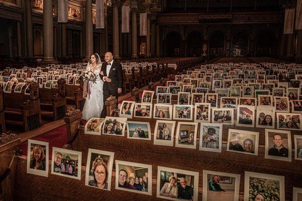 Lễ cưới mùa dịch Covid-19: Dàn khách mời đặc biệt 'ngồi' kín chỗ