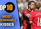 Top 10 nụ hôn đồng giới nổi tiếng nhất trên sân cỏ