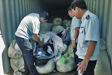 Chặn hàng Trung Quốc gắn mác Việt Nam xuất khẩu sang Mỹ