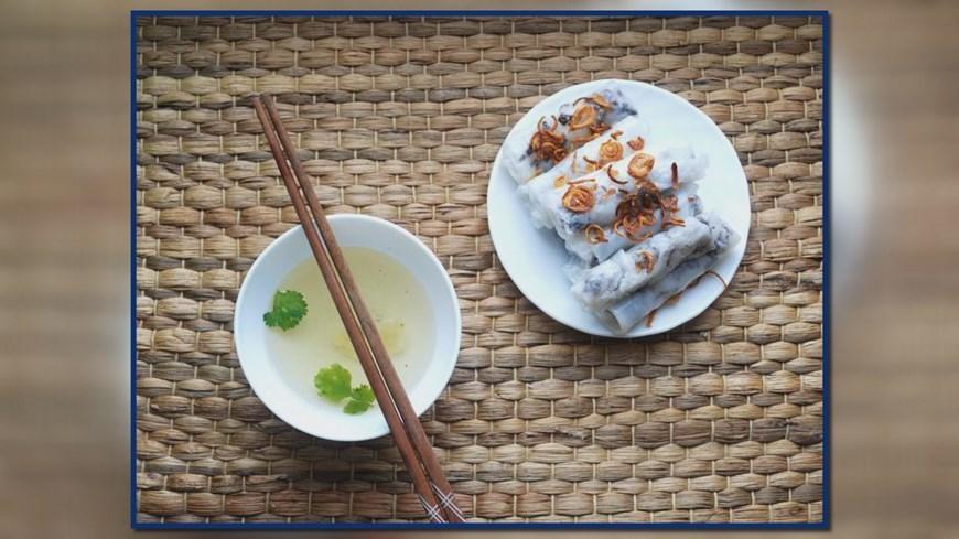 Hanoi's must-eat street food,bun cha,street food,vietnamese cuisine