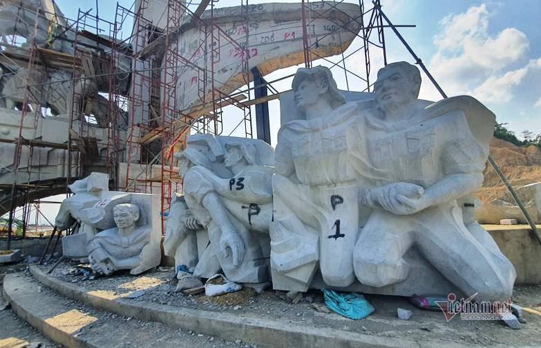 Huyện nghèo san đồi, xây tượng đài 14 tỷ: Chủ tịch Quảng Nam lên tiếng