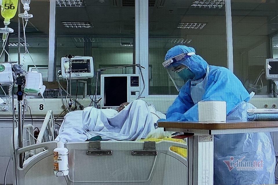 Bệnh nhân Covid-19 từng nguy kịch: 'Tôi nửa tỉnh, nửa mê mất 5 ngày'